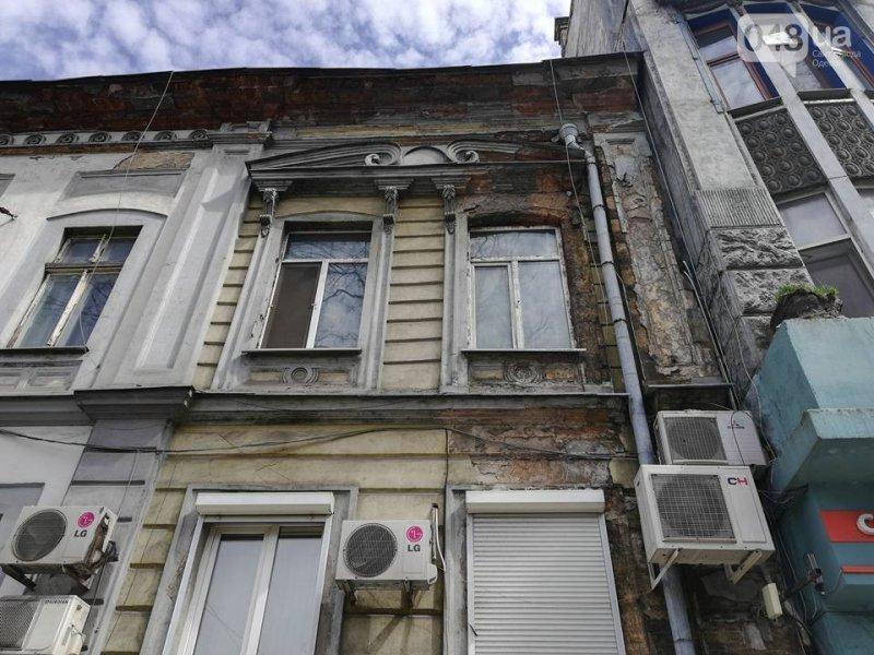Очередное обрушение фасада. Памятники архитектуры разрушаются на глазах