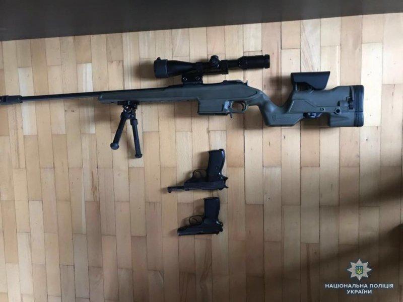 Двести правоохранителей предотвратили вооруженные провокации (ФОТО)