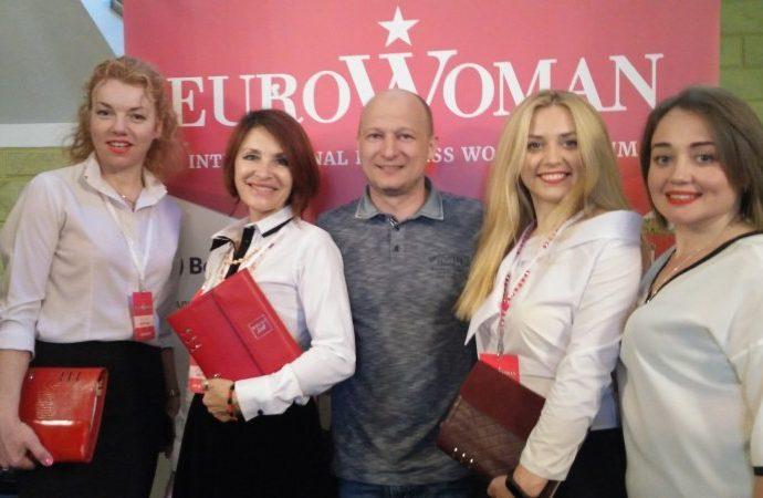 «Успешная женщина похожа на многорукого Будду – она постоянно должна решать одновременно по несколько вопросов» — в Одессе прошел женский бизнес-форум