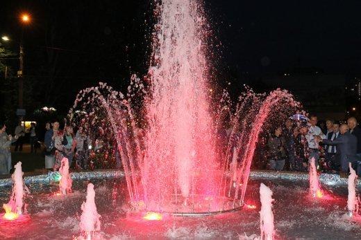 В Одессе появился еще один фонтан (ФОТО)