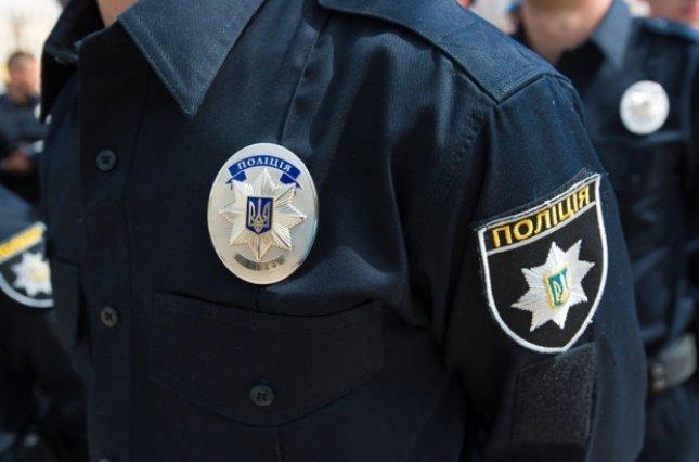 Полиция задержала водителя, въехавшего в остановку