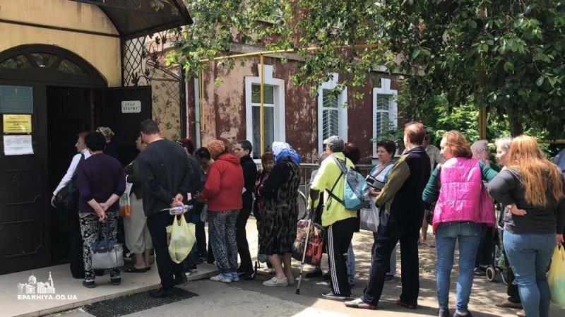 Украинским переселенцам помогает… церковь (ФОТО, ВИДЕО)