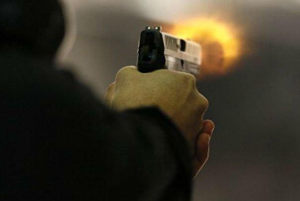 Конфликт в сельском баре: словесная перепалка перешла в стрельбу