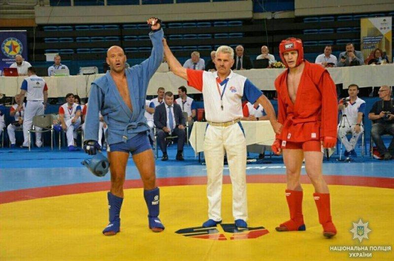 Полицейский из Одессы триумфально выступил на чемпионате Европы по самбо в Греции