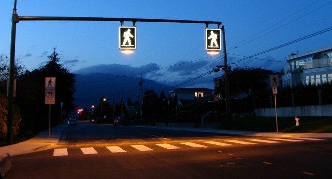 Светящиеся пешеходные переходы: мечты могут сбыться?