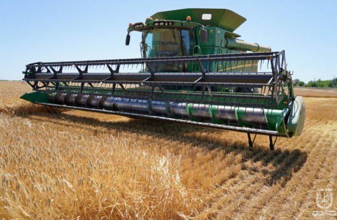 В восьми районах Одесской области собрали урожай, еще в 14 жатва продолжается