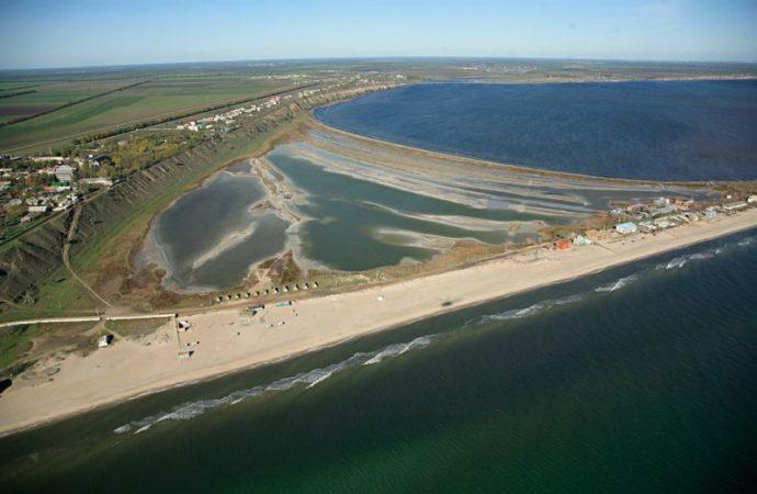 Специалисты запрещают купаться на двух пляжах Одесской области