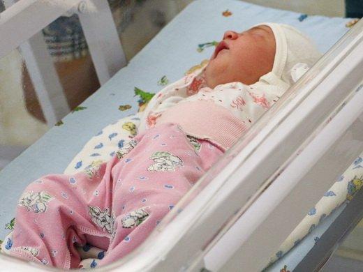 Первую малышку, родившуюся в Одессе в день города, назвали Александрой (ФОТО)