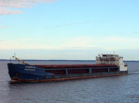 Владелец броcил моряков на аварийном судне близ Одессы