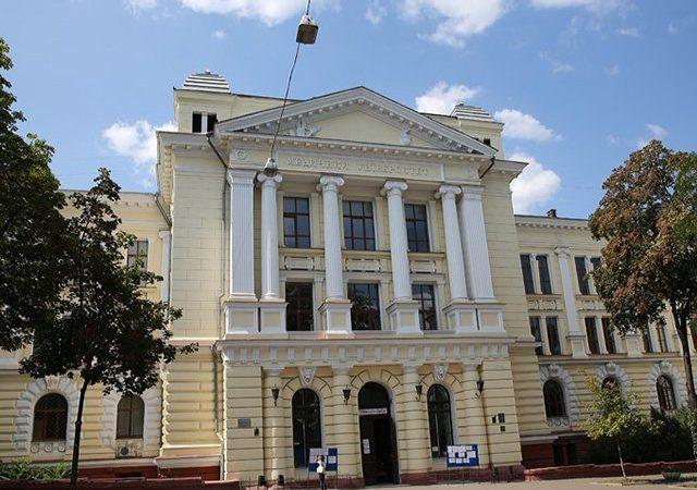 Новый виток в противостоянии за Медин: «народный» ректор «уволил» назначенного Минздравом