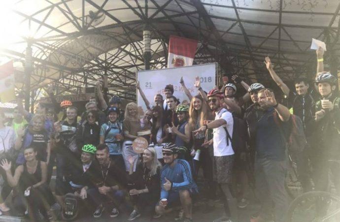 «Bike2Work Odessa»: десятки одесситов сегодня утром приехали в офисы на велосипедах