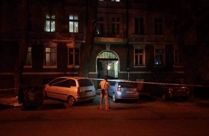 Один из лидеров акции на «Ланжероне» вечером получил два огнестрельных ранения
