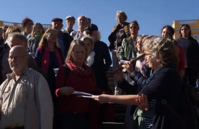 Музыканты из Германии пели на Потемкинской лестнице (ВИДЕО)