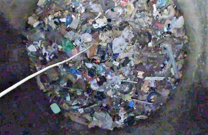 Старинные цистерны и катакомбы в Одессе превращают в канализацию и мусоросборники