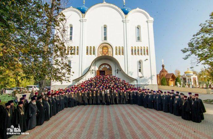 Одесские священнослужители высказали свое мнение о Томосе и автокефалии во время тайного голосования