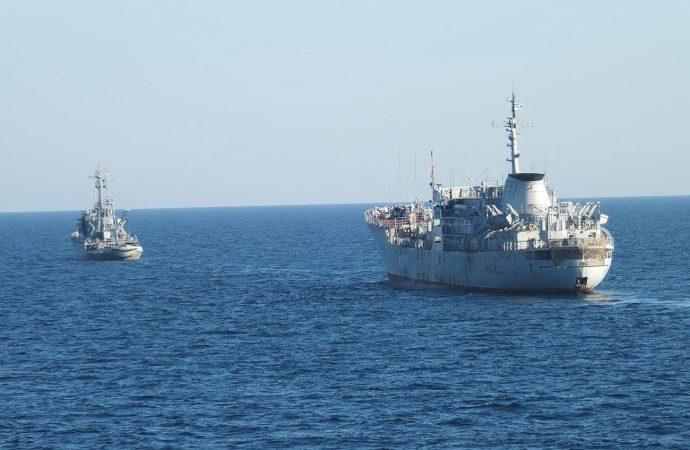 Зачем военные корабли из Одессы пошли вокруг Крыма