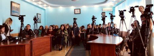 Одесские телеканалы с 13 октября обещают наказывать за недостаток украинского языка в эфире