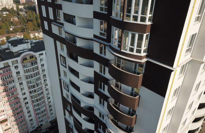 Объявлен в розыск один из участников аферы, лишившей квартир несколько сотен одесских семей