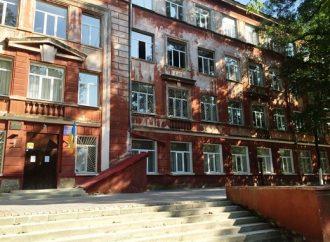 Утром на Молдаванке горела школа
