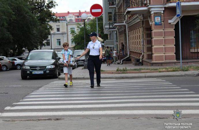 Почему спешим на красный свет и чему учим детей?