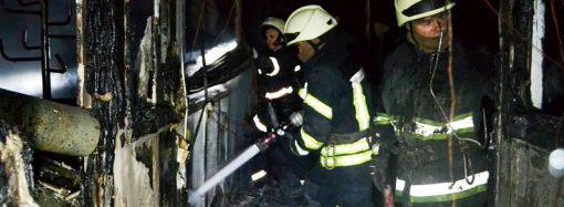 В полиции назвали причину пожара на заводе в Новых Билярах и открыли уголовное производство