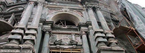 """Сегодняшний день дома Руссова: """"уже не рухнет, и это — главное"""""""