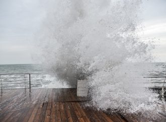 Штормовое предупреждение: в регионе обещают шквальный северный ветер