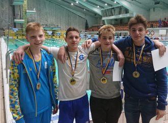 Юные одесские пловцызавоевали три медали на Чемпионате Украины по плаванию