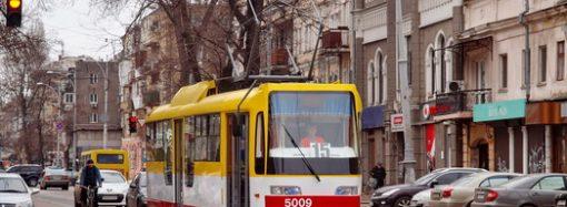 Трамвай, остановленный из-за спецоперации, снова курсирует