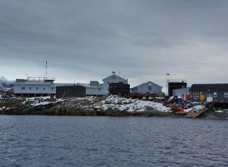 Ученики трех одесских школ получат возможность пообщаться с участниками экспедиции в Антарктиду
