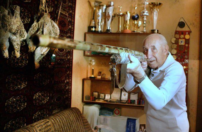 На войне — стрелок, в мирной жизни — токсидермист. Ушел из жизни Юрий Никандров