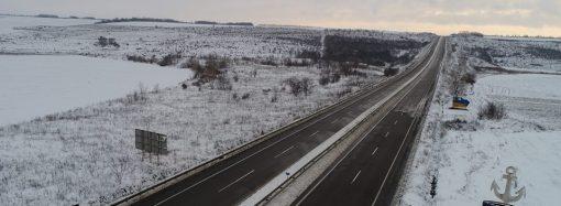 После снегопада: местами мокро, но дороги области проездные (ВИДЕО)