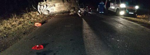 Ночная авария на трассе в области унесла жизни двух людей
