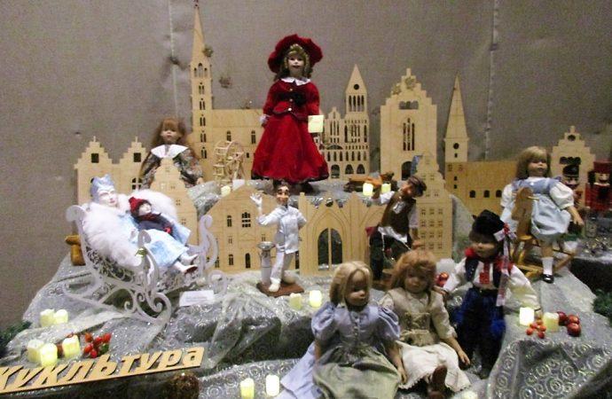 В Одессе начался грандиозный рождественско-новогодний кукольный бал