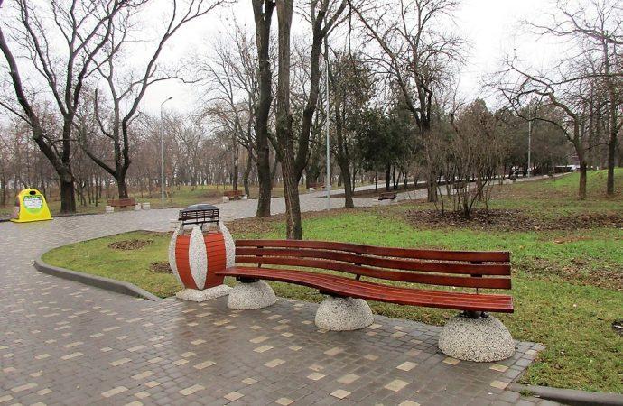 Обещанные ярмарка и предновогоднее представление в парке Шевченко не состоялись
