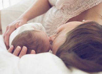 Беременные одесситки и молодые мамы теперь смогут в любое время проконсультироваться по «горячей линии»