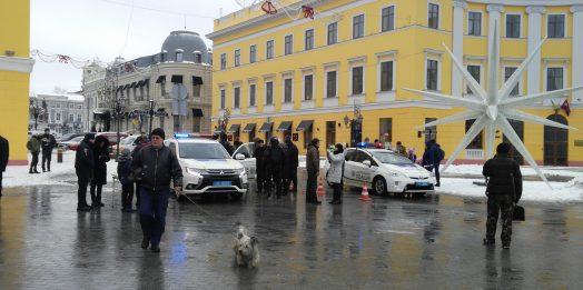 Рождество с полицейскими: как одесские правоохранители детей развлекали
