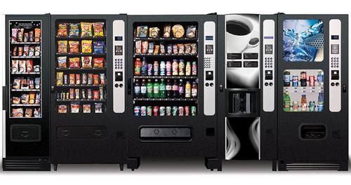 В одесских школах появятся шведский стол и еда из автоматов
