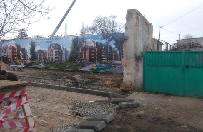 Новая многоэтажка вырастет в частном секторе с видом на кладбище