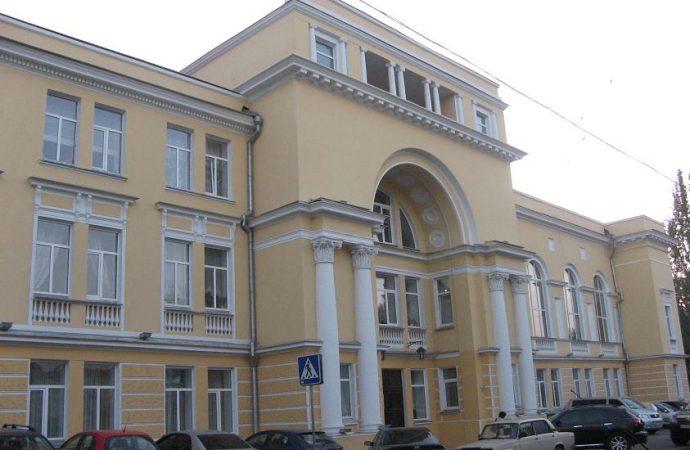 «Заберите ваши подарки и постройте школу», или как в Одессе появилась школа Столярского
