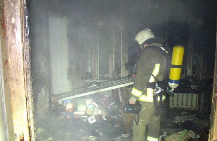 Пожар в центре Одессы: спасатели эвакуировали жителей