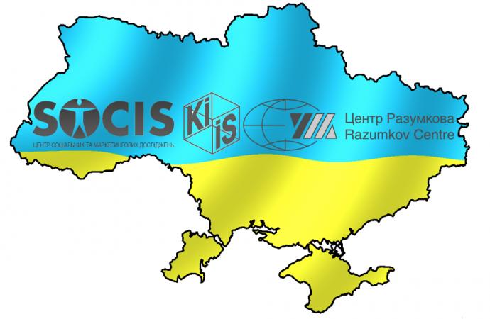 Второй тур выборов: пока выходят Порошенко и Зеленский
