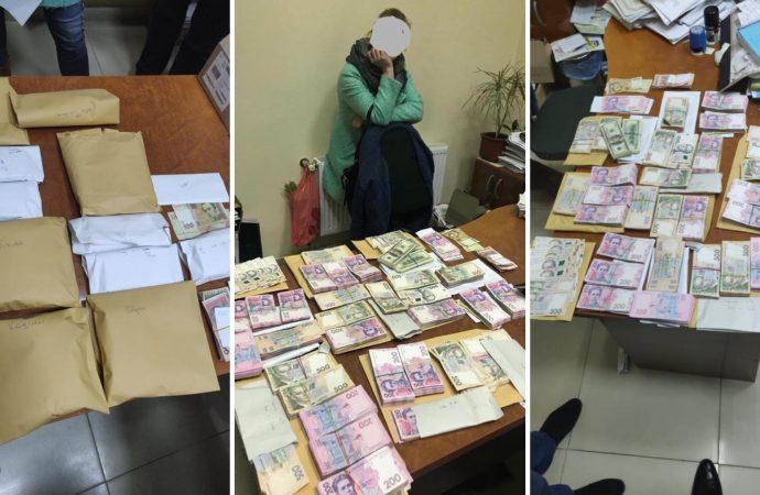 Предвыборный скандал: в Одесской области делили 1,3 млн. грн. на подкуп избиркомов