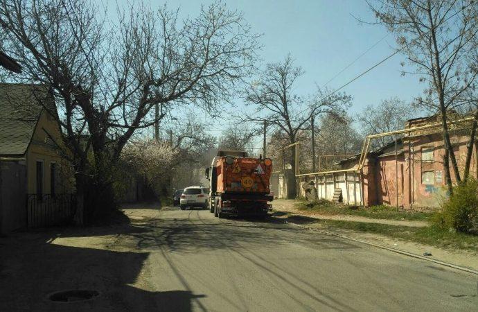 Одесские дорожники начали текущий ремонт улиц в Киевском районе