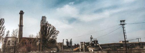 Заброшенный сахарный завод горел в Одесской области