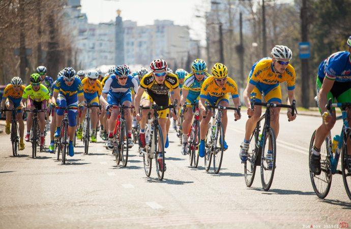 Проспект Шевченко на полдня перекрывают из-за велогонки