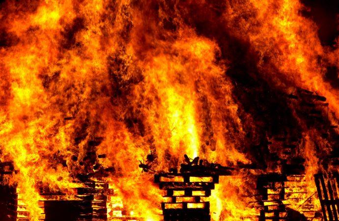 На Тираспольской улице загорелся подвал
