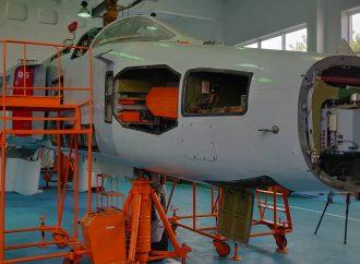 Первым делом самолёты: министр обороны пообещал увеличить финансирование одесского авиазавода