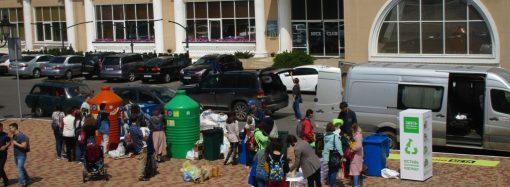 Скамейки из переработанного пластика должны появиться в Одессе