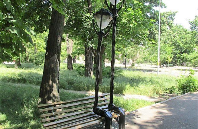 скамейка фонари